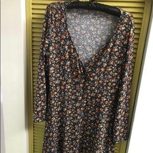 Aloha 🌺 Long Sleeved Flower Spring Dress